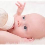 Mi Bebé no Quiere Agua – ¿Es normal?