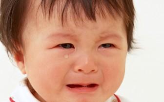 Qué hacer si tu hijo adoptado llora sin parar