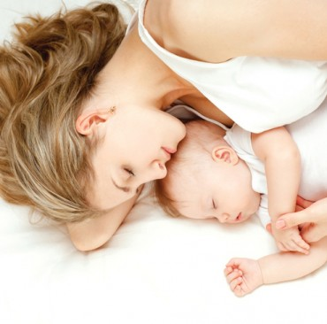El Colecho o co-sleeping
