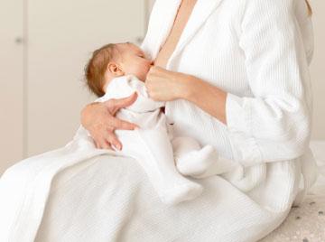 Apoyemos siempre la lactancia materna