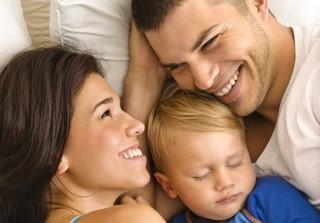 ¿Cuánto duran los trámites para adoptar un niño menor de 3 años? Ya tenemos dos hijos.