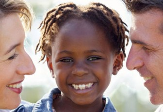¿Existen convenios de adopción con algún país del África Negra?