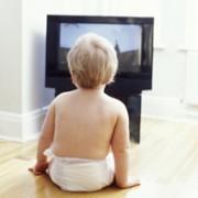 ¿Es aconsejable que un bebé vea la tele?